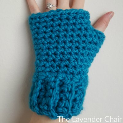 Simple and Chunky Fingerless Gloves Crochet Pattern