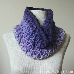 Reversible Lily's Cowl Crochet Pattern