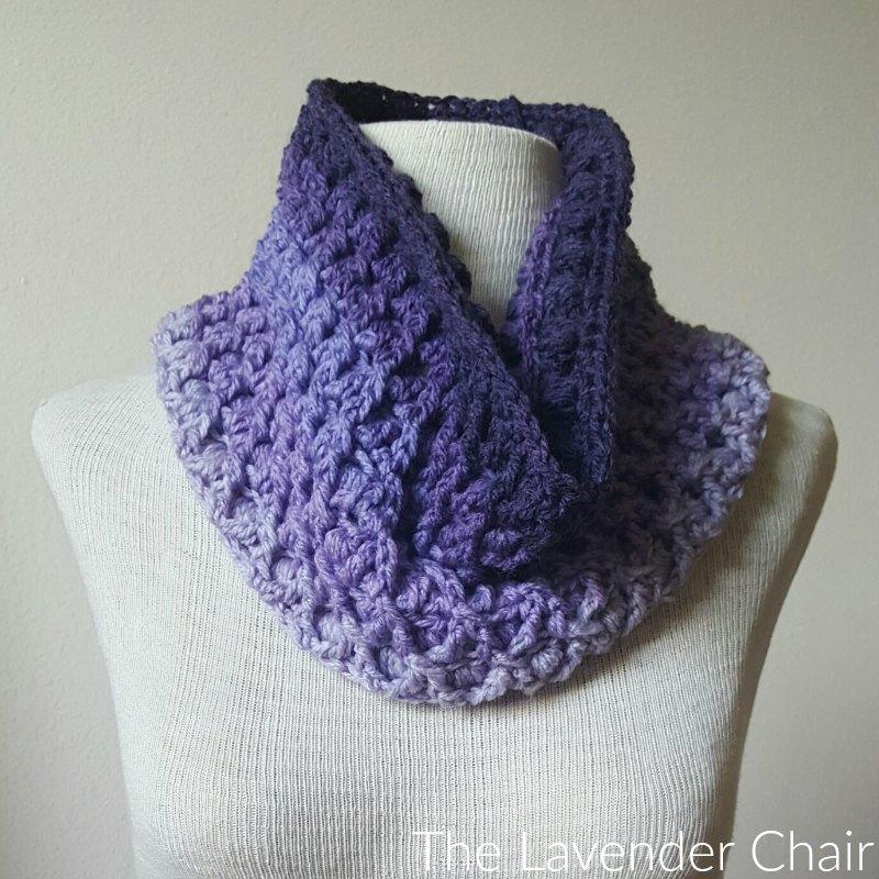 Reversible Lily's Cowl Crochet Pattern