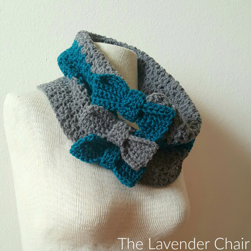 Valerie's Cinched Bow Cowl Crochet Pattern